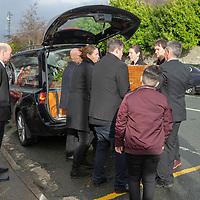 Family members carry the coffin of Mícheál Ó'Súilleabháin at St Senans Church Kilrush