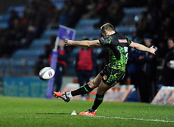 Exeter Chiefs' Gareth Steenson  kicks for goal  - Photo mandatory by-line: Joe Meredith/JMP - Mobile: 07966 386802 - 24/01/2015 - SPORT - Rugby - Exeter - Sandy Park Stadium - Exeter Chiefs v Bayonne - Challenge Cup Round 6