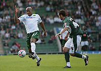 Photo: Lee Earle.<br /> Plymouth Argyle v Norwich City. Coca Cola Championship. 23/09/2006. Norwich's Dion Dublin (L) and Tony Capaldi.