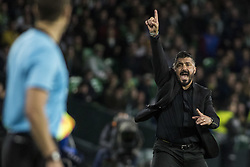 November 8, 2018 - Seville, Spain - GENNARO GATTUSO, head coach of Milan, screams during the Europa League Group F soccer match between Real Betis and AC Milan at the Benito Villamarin Stadium (Credit Image: © Daniel Gonzalez Acuna/ZUMA Wire)