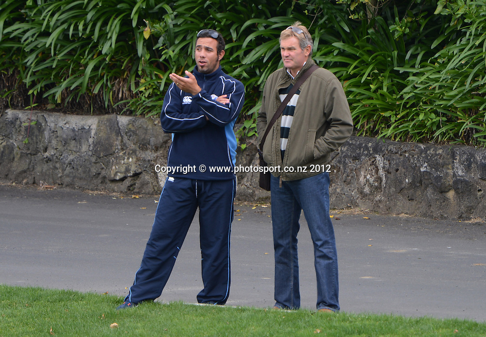 Andre Adams and Martin Crowe watch from the boundary. Plunket Shield Cricket, Auckland Aces v Northern Knights at Eden Park Outer Oval. Monday 12 November 2012. Photo: Andrew Cornaga/Photosport.co.nz