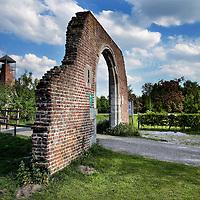 Nederland, Horst, 13 mei 2015.<br /> Vanaf 20 mei gaat de kasteelruine in Horst weer open voor publiek.<br /> <br /> <br /> Foto: Jean-Pierre Jans