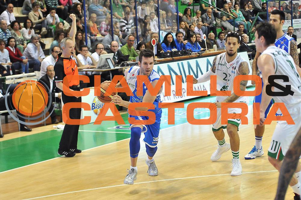 DESCRIZIONE : LegaBasket Serie A 2012-13 Montepaschi Siena - Banco di Sardegna Dinamo Sassari<br /> GIOCATORE : Sani Becirovic<br /> CATEGORIA : Palleggio Penetrazione Fallo<br /> SQUADRA :  Banco di Sardegna Dinamo Sassari<br /> EVENTO : Campionato Serie A<br /> GARA : Montepaschi Siena - Banco di Sardegna Dinamo Sassari<br /> DATA : 05/05/2013<br /> SPORT : Pallacanestro <br /> AUTORE : Agenzia Ciamillo-Castoria / Luigi Canu<br /> Galleria : Lega Basket A 2012-2013  <br /> Fotonotizia : LegaBasket Serie A 2012-13 Montepaschi Siena - Banco di Sardegna Dinamo Sassari<br /> Predefinita :