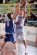 DESCRIZIONE : Cagliari Torneo Internazionale Sardegna a canestro Italia Inghilterra <br /> GIOCATORE : Valerio Amoroso <br /> SQUADRA : Nazionale Italia Uomini <br /> EVENTO : Raduno Collegiale Nazionale Maschile <br /> GARA : Italia Inghilterra Italy Great Britain <br /> DATA : 15/08/2008 <br /> CATEGORIA : Passaggio <br /> SPORT : Pallacanestro <br /> AUTORE : Agenzia Ciamillo-Castoria/S.Silvestri <br /> Galleria : Fip Nazionali 2008 <br /> Fotonotizia : Cagliari Torneo Internazionale Sardegna a canestro Italia Inghilterra <br /> Predefinita :