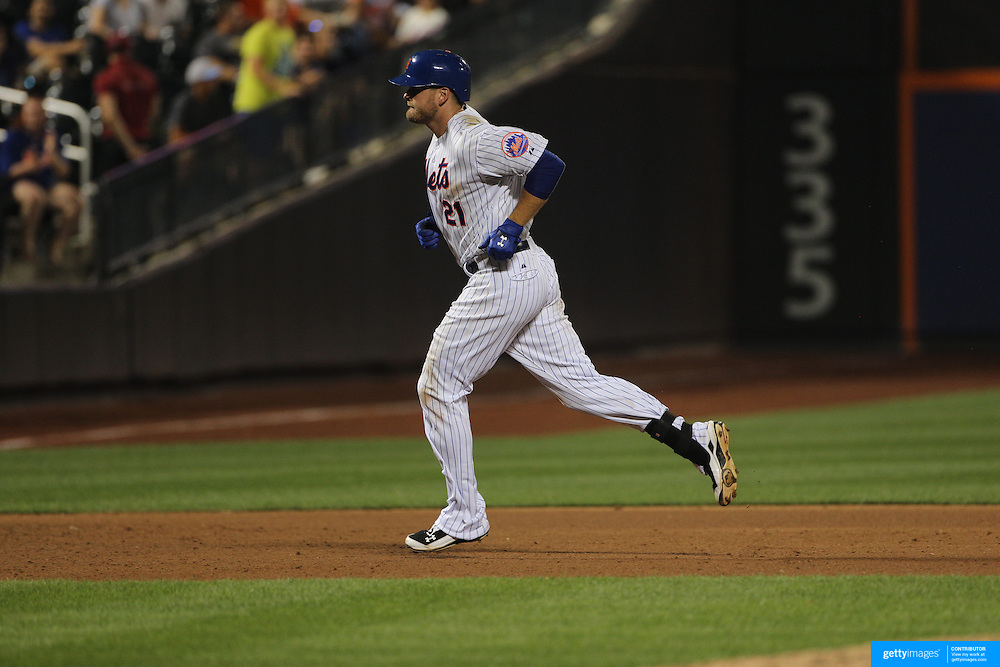Lucas Duda, New York Mets, rounds the bases after hitting one of his three home runs during the New York Mets Vs San Diego Padres MLB regular season baseball game at Citi Field, Queens, New York. USA. 29th July 2015. Photo Tim Clayton
