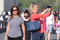 © Licensed to London News Pictures. 08/05/2018. London, UK. People in Westminster as they return to work after record temperatures were recorded over the May bank holiday weekend. Photo credit: London News Pictures