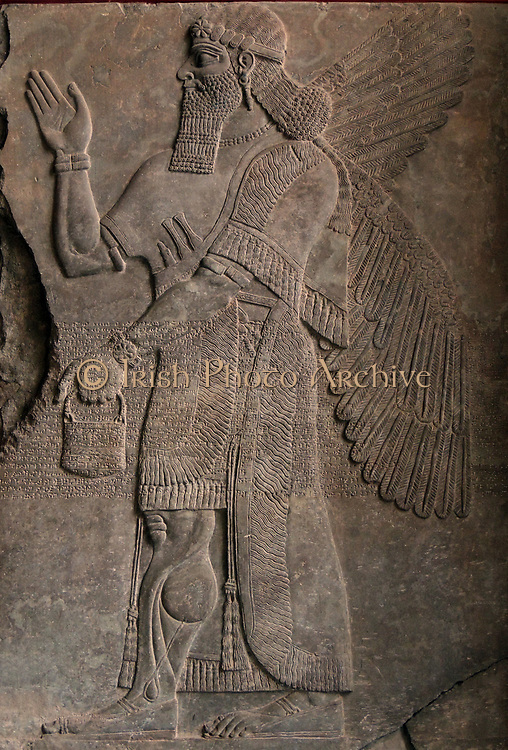 This reconstruction corresponds in its essence to what an Assyrian palace chamber might have looked like, even it its components originate from a number of different periods and sites. The windowless apartments got their light solely through the doors. The two colossal figures at the entry - called in Assyrian schedulamassu - are human headed, winged lions with horned crowns as a symbol of divinity.
