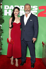 'Daddy's Home 2' Los Angeles Premiere - Red Carpet 11-05-2017