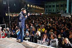 ALESSANDRO DI BATTISTA <br /> COMIZIO MOVIMENTO 5 STELLE PIAZZA TRENTO TRIESTE
