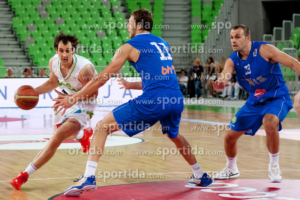 Bostjan Nachbar of Slovenia and Elmedin Kikanovic of Bosnia during friendly basketball match between National teams of Slovenia and Bosnia i Hercegovina of Adecco Ex-Yu Cup 2012 as part of exhibition games 2012, on August 3rd, 2012, in Arena Stozice, Ljubljana, Slovenia. (Photo by Urban Urbanc / Sportida)