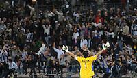 FUSSBALL INTERNATIONAL  SERIE A  SAISON  2011/2012  37.Spieltag  Cagliari Calcio - Juventus Turin  06.05.2012 Gianluigi Buffon (Juventus) jubelt