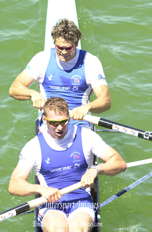 Peter Spurrier Sports  Photo.email pictures@rowingpics.com.Tel 44 (0) 7973 819 551..IRN..Matt Pinsent and  James Cracknell pass through the road bridge crossing the course at 1250 meters. 20010515 FISA World Cup, Seville, SPAIN