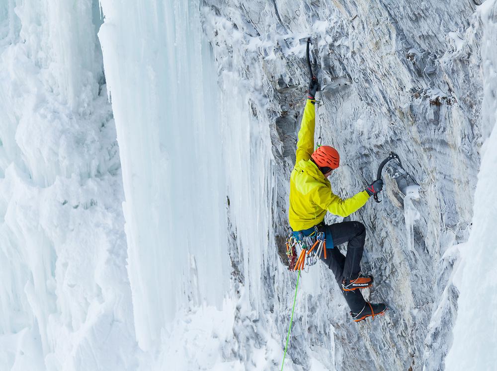 Jon Walsh Mixed Climbing - Traditional Ale - M7 WI5 - Pilsner Pillar - Field, BC