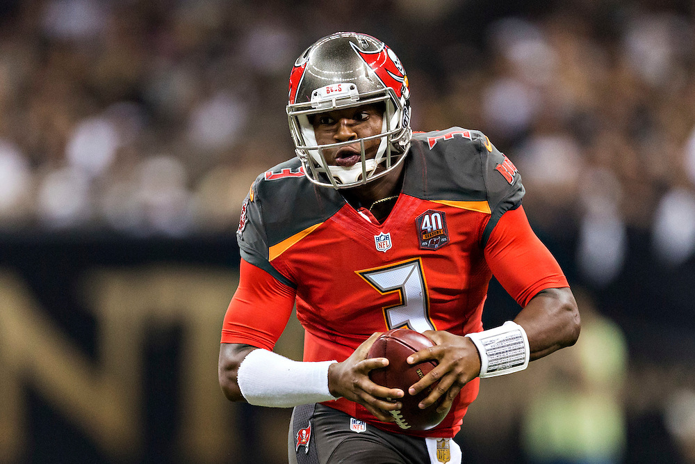 NEW ORLEANS, LA - SEPTEMBER 20:  Jameis Winston #3 of the Tampa Bay Buccaneers runs the ball during a game against the New Orleans Saints at Mercedes-Benz Superdome on September 20, 2015 in New Orleans Louisiana.  The Buccaneers defeated the Saints 26-19.  (Photo by Wesley Hitt/Getty Images) *** Local Caption *** Jameis Winston