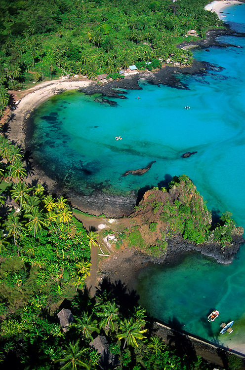 Comores, Grande Comore, le trou du Prophète, vue aérienne
