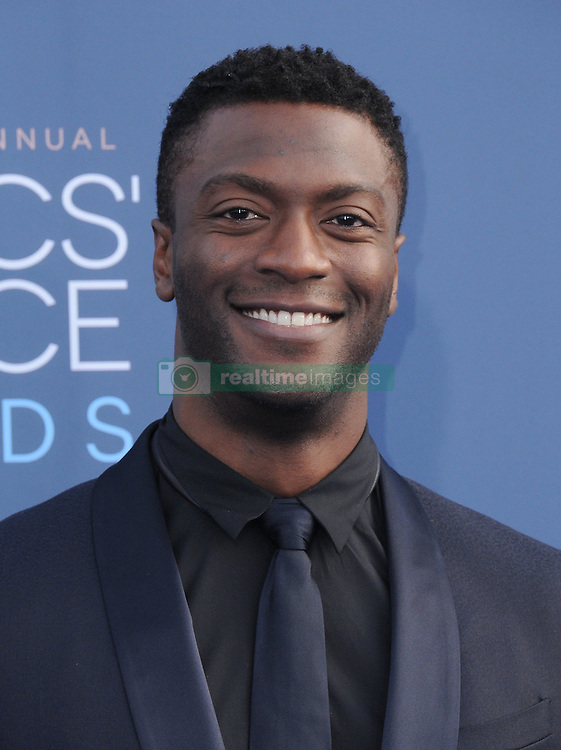 Aldis Hodge  bei der Verleihung der 22. Critics' Choice Awards in Los Angeles / 111216