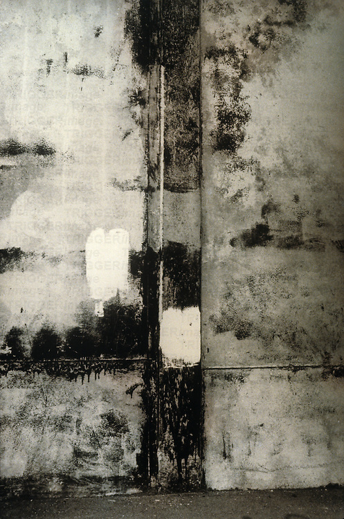 mottled wall