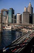 New York elevated view on lower Manhattan,  Brooklyn bridge on east river - United states  / vue generale sur  le bas de la ville, le pont de Brooklyn et l'east river, Manhattan  New York - Etats-unis