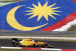Kevin Magnussen (DEN) Renault Sport F1 Team RS16.<br /> <br />  beim GP von Malaysia 2016 in Sepang / 300916<br /> <br /> ***Formula One Grand Prix of Malaysia on September 30, 2016 in Sepang.***
