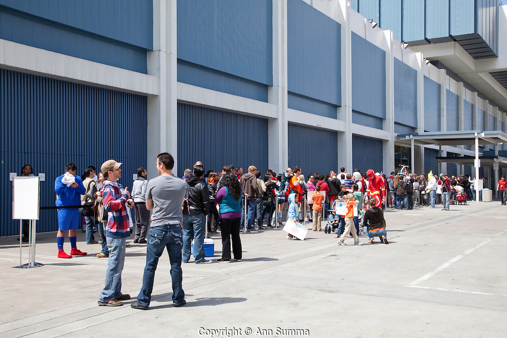 Los Angeles, California: People line up to audition for Wipe Out outside the LA Convention Center during the Reality Rocks reality show convention,  4/9/11 (Photo: Ann Summa).
