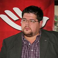 Toluca, México.- Sergio Juan Villalba Alatorre, Coordinador General en el Edomex del extinto Partido Social Demócrata, informó que a principios del 2013 se solicitara de manera formal al IFE la reconstitución como Partido Político Nacional. Agencia MVT / José Hernández