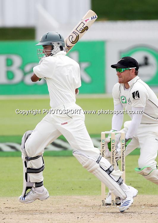 Bangladesh batsman Shakib Al Hasan.<br />Day 3. Test match cricket. One off test.<br />New Zealand Black Caps versus Bangladesh.<br />Seddon Park, Hamilton, New Zealand.<br />Tuesday 17 February 2010.<br />Photo: Andrew Cornaga/PHOTOSPORT