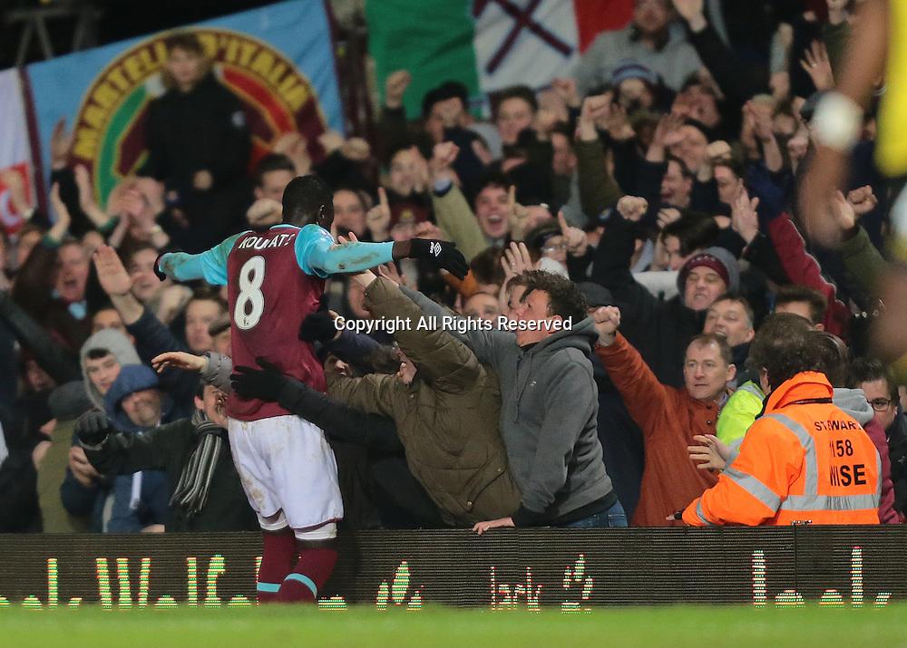 02.02.2016. Boleyn Ground, London, England. Barclays Premier League. West Ham versus Aston Villa. West Ham United Midfielder Cheikhou Kouyate celebrates his goal with the West Ham fans