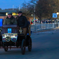 De Dion Bouton  Vis-à-vis   1900c   Driven By   Dr Klaus Schumacher, Bonhams London to Brigthon Veteran Car Run Supported by Hiscox,, 06/11/2016,