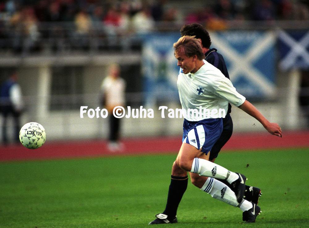 "07.09.1994, Olympic Stadium, Helsinki, Finland.UEFA European Championship qualifying match, Finland v Scotland..Mika-Matti ""Mixu"" Paatelainen - Finland.©JUHA TAMMINEN"