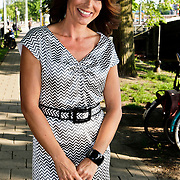 """NLD/Amsterdam/20100614 - Boekpresentatie Daphne Deckers """" Laat Maar Waaien"""", Heleen van Royen"""