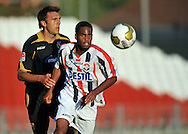 05-08-2008 Voetbal:FC ENERGIE COTTBUS:WILEM II:COTTBUS<br /> Boy Deul geconcentreerd jagend op de bal<br /> <br /> Foto: Geert van Erven