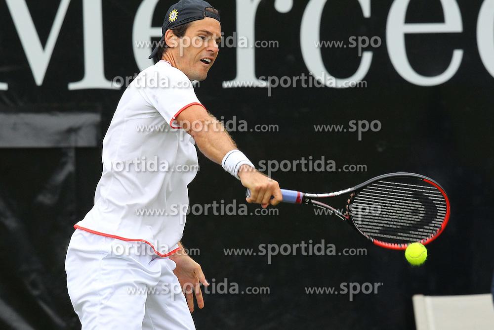 09.06.2015, Tennis Club Weissenhof, Stuttgart, GER, ATP Tour, Mercedes Cup Stuttgart, im Bild Tommy Haas ( GER ) // during the Mercedes Cup of ATP world Tour at the Tennis Club Weissenhof in Stuttgart, Germany on 2015/06/09. EXPA Pictures &copy; 2015, PhotoCredit: EXPA/ Eibner-Pressefoto/ Langer<br /> <br /> *****ATTENTION - OUT of GER*****
