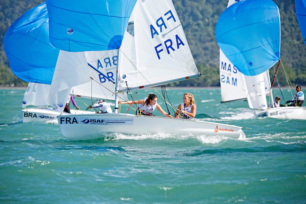 France	420	Women	Crew	FRAAP55	ANA&Ecirc;L	PONTHIEU<br />