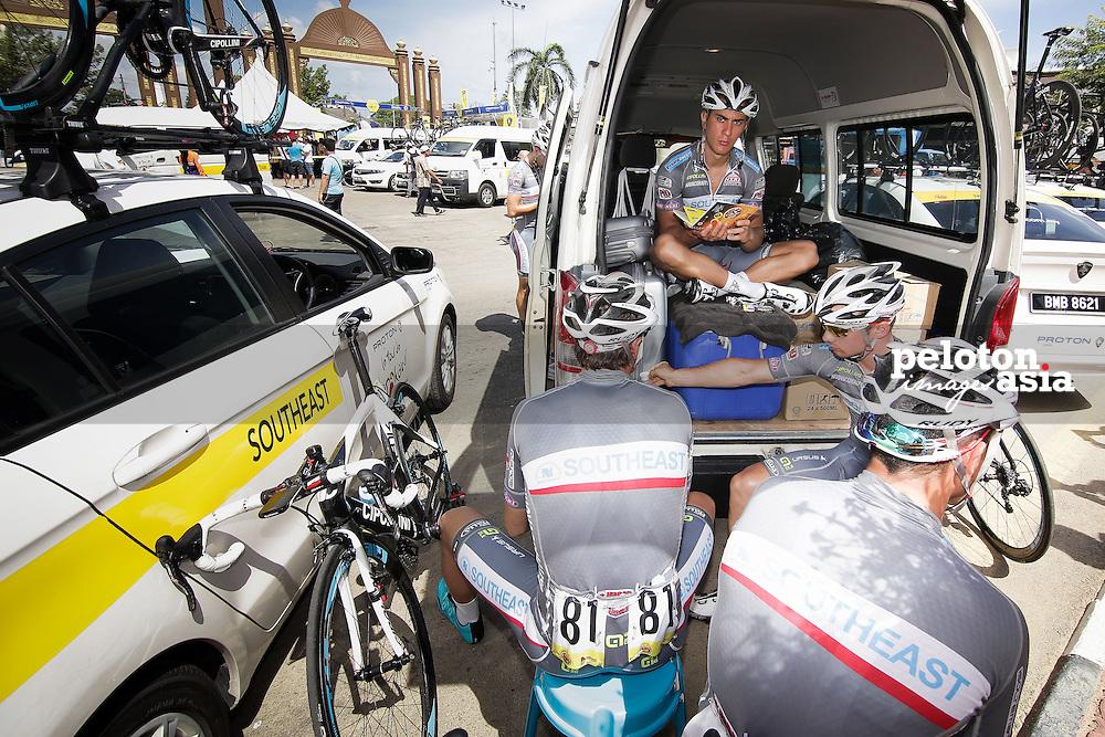 Le Tour de Langkawi 2015/ Stage3/ Kota Bharu to Kuala Berang/ 165.4 km/ Southeast