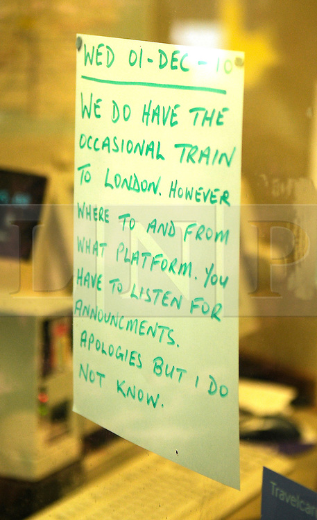 © under license to London News Pictures. 1.12.2010 Snow chaos in Orpington in Kent.  A sign on the ticket office at Orpington Train Station.. Picture credit should read Grant Falvey/London News Pictures