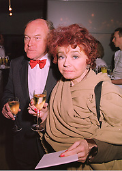 TIMOTHY WEST and actress PRUNELLA SCALES  at an exhibition in London on 25th February 1998.MFS 14