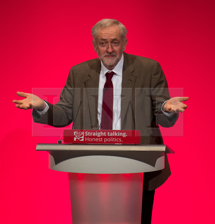© Licensed to London News Pictures. 29/09/2015. Brighton, UK. Labour party leader JEREMY CORBYN delivering his leader speech on day three of the 2015 Labour Party Conference, held at the Brighton Centre in Brighton, East Sussex.  Photo credit: Ben Cawthra/LNP