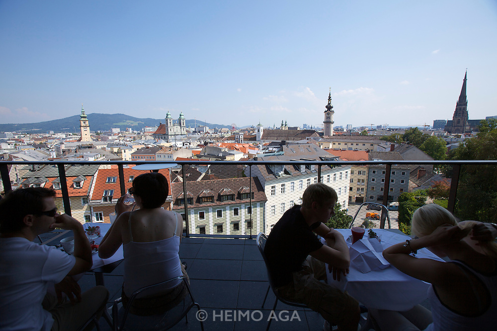 Linz, Cultural Capital of Europe 2009. The new South Wing of the Schlossmuseum (Castle Museum). Restaurant terrace with view over Linz.