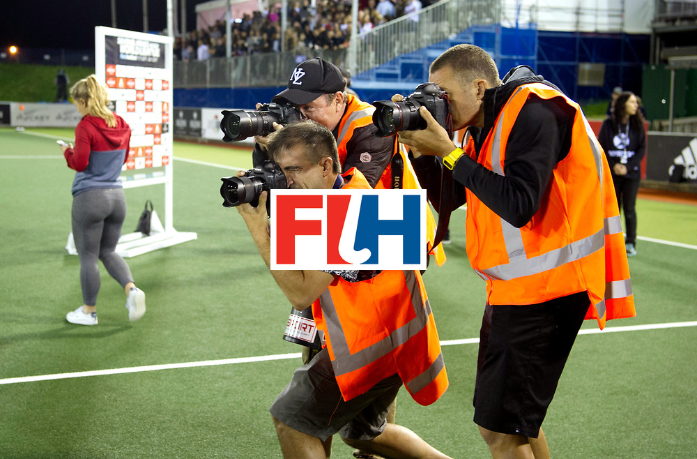 AUCKLAND - Sentinel Hockey World League final women<br /> Match id: 10310<br /> 20 ENG v NZL (Semi Final) 0-1<br /> New Zealand play the final<br /> Foto:  Photographers<br /> WORLDSPORTPICS COPYRIGHT FRANK UIJLENBROEK