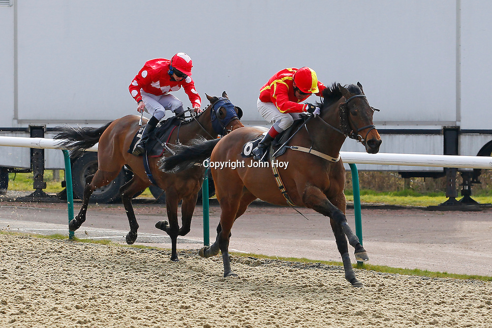 Teen Ager and Jimmy Quinn winning the 2.00 race