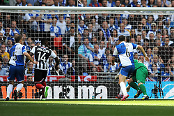 Grimsby's Lenell John-Lewis scores the opening goal of the game - Photo mandatory by-line: Dougie Allward/JMP - Mobile: 07966 386802 - 17/05/2015 - SPORT - football - London - Wembley Stadium - Bristol Rovers v Grimsby Town - Vanarama Conference Football