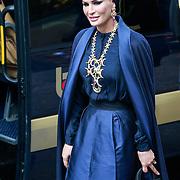 NLD/Amsterdam/20130430 - Inhuldiging Koning Willem - Alexander, Sheika Moza, de vrouw van de emir van Qatar