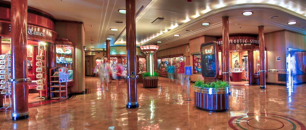 RMS Queen Mary, Cruise ship, Hotel, Long Beach, CA, California, USA Picadilly Circus, High dynamic range imaging (HDRI or HDR)
