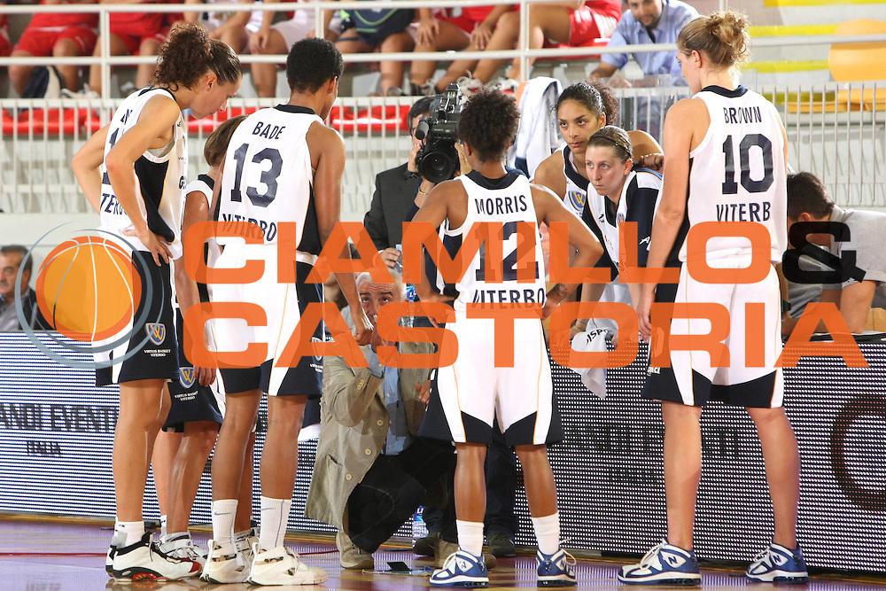 DESCRIZIONE : Roma Lega A1 Femminile 2008-09 Prima giornata Campionato Pool Comense Gescom MCI Viterbo<br /> GIOCATORE : Team<br /> SQUADRA : Gescom MCI Viterbo<br /> EVENTO : Campionato Lega A1 Femminile 2008-2009 <br /> GARA : Pool Comense Gescom MCI Viterbo<br /> DATA : 11/10/2008 <br /> CATEGORIA : Time Out<br /> SPORT : Pallacanestro <br /> AUTORE : Agenzia Ciamillo-Castoria/C.De Massis