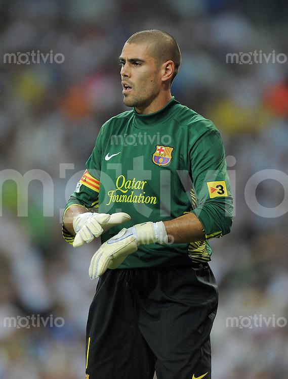 FUSSBALL  INTERNATIONAL  PRIMERA DIVISION  SAISON 2011/2012   14.08.2011 El Clasico  Super Cup 2011 Real Madrid - FC Barcelona Torwart Victor Valdes  (Barca)