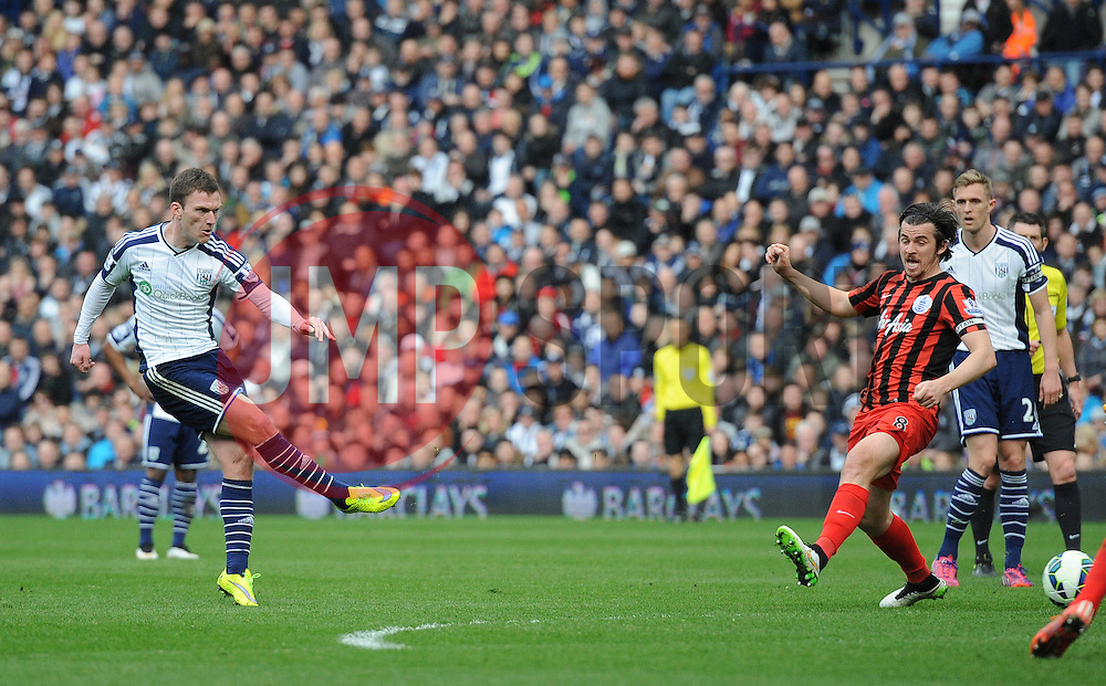 West Bromwich Albion's Craig Gardner takes a shot at goal. - Photo mandatory by-line: Dougie Allward/JMP - Mobile: 07966 386802 - 04/04/2015 - SPORT - Football - West Bromwich - The Hawthorns - West Bromwich Albion v QPR - Barclays Premier League