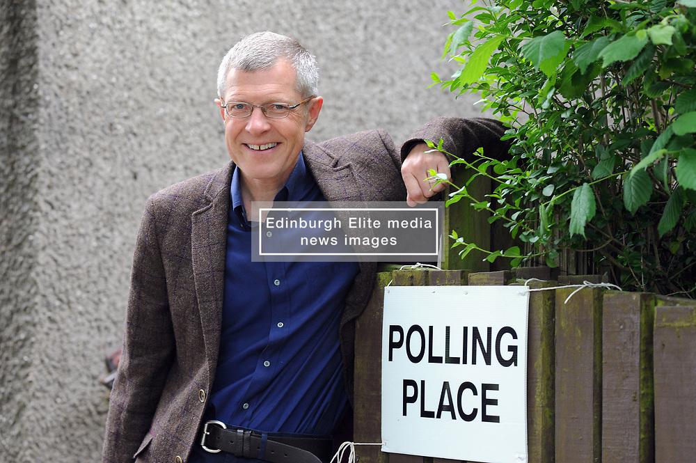 Willie Rennie, Kelty, 8-6-2017<br /> <br /> Willie votes in Keltybridge<br /> <br /> (c) David Wardle   Edinburgh Elite media