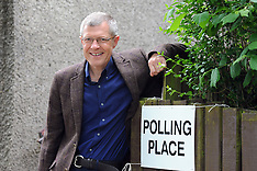 Willie Rennie casts his vote | Kelty | 8 June 2017