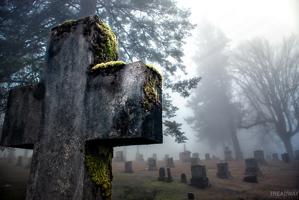 A cross in Mt. Calvary Catholic Cemetery in Portland, Oregon.
