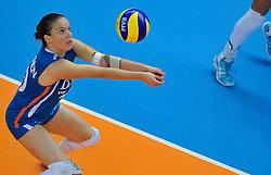 30-10-2011 VOLLEYBAL: NEDERLAND - BELGIE: ZWOLLE <br /> Nederland wint de tweede oefenwedstrijd met 3-2 van Belgie / Libero Janneke van Tienen<br /> ©2011-WWW.FOTOHOOGENDOORN.NL